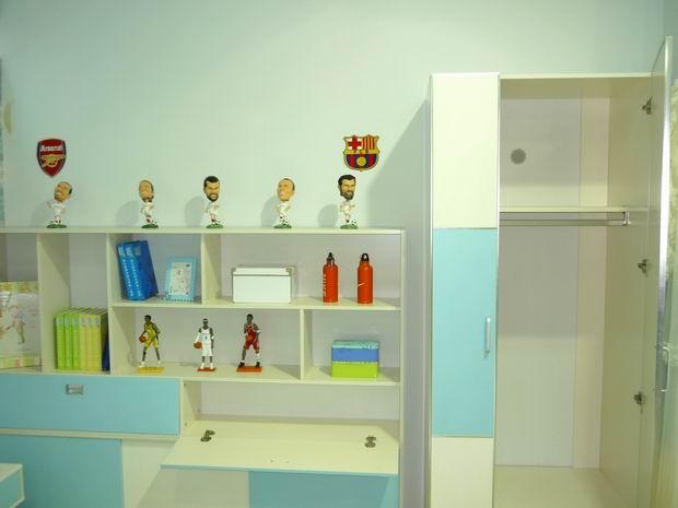 儿童衣柜内部结构图